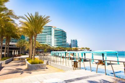4BR + M Apt for Rent in Lamar Tower A Al Raha Beach