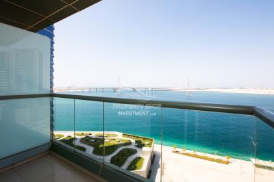 Ready to Move in! Fantastic High Floor 3BR Apt in Sea Side Tower!