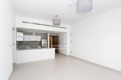 1BR unit with Walk-in closet and balcony.