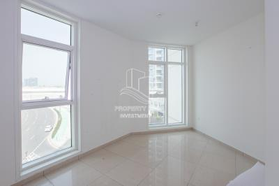 Well Maintained 2BR Apartment Available Now!