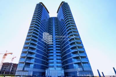 Beautiful and unique living spaces in Sea View Tower, 2BR Apt Available for rent!