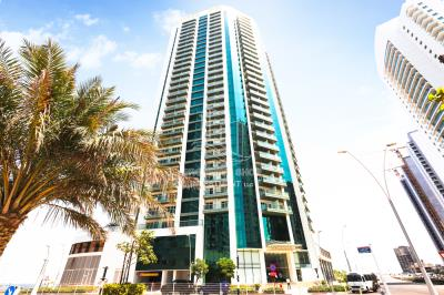 3BR Apt Available in Sea Side Tower