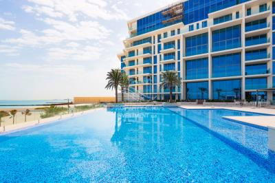 Own a luxurious 3 bedroom in Mamsha with pool view.