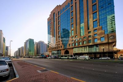 2br apt. for rent in Khalidiya Area!