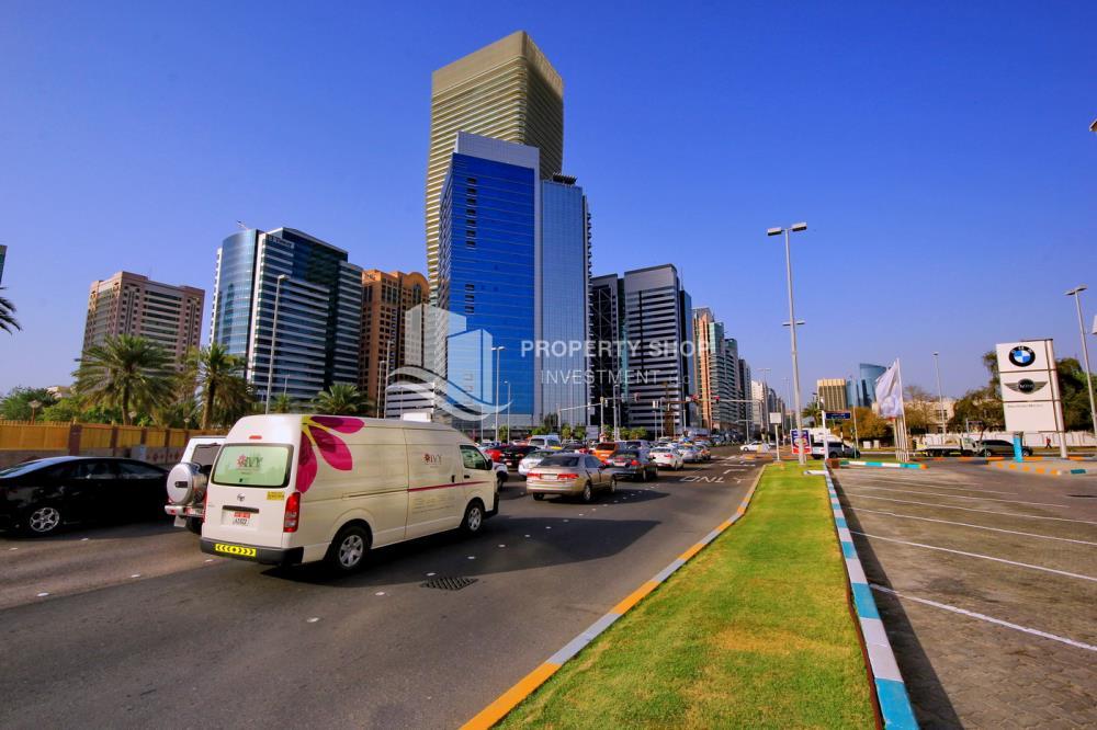 Community-2br apt. for rent in Khalidiya Area!