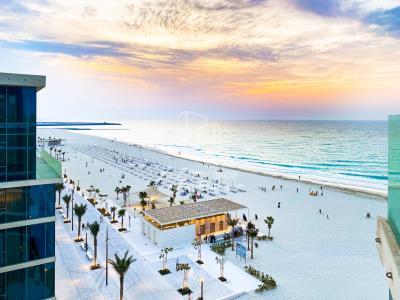 Beachfront Living! 2br apt. for sale!
