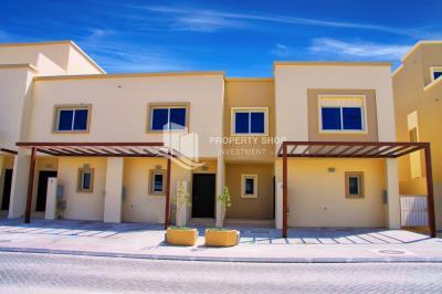 Single Row, 2 bedroom Villa in Al Reef Arabian Village for rent!
