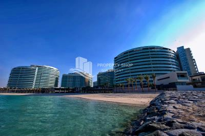 Vacant High Floor Unit with full sea view