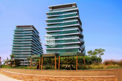 Furnished 4 bedroom penthouse unit with sea view and rent refund