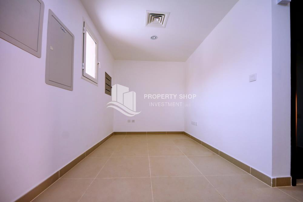 Study-2 Bedroom in Mediterranean Village FOR RENT at 75K in 4 Payments!