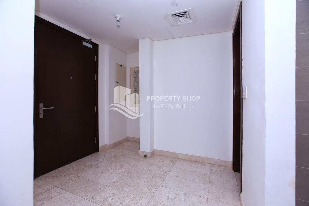 Foyer-High standard 2BR apartment with amazing view