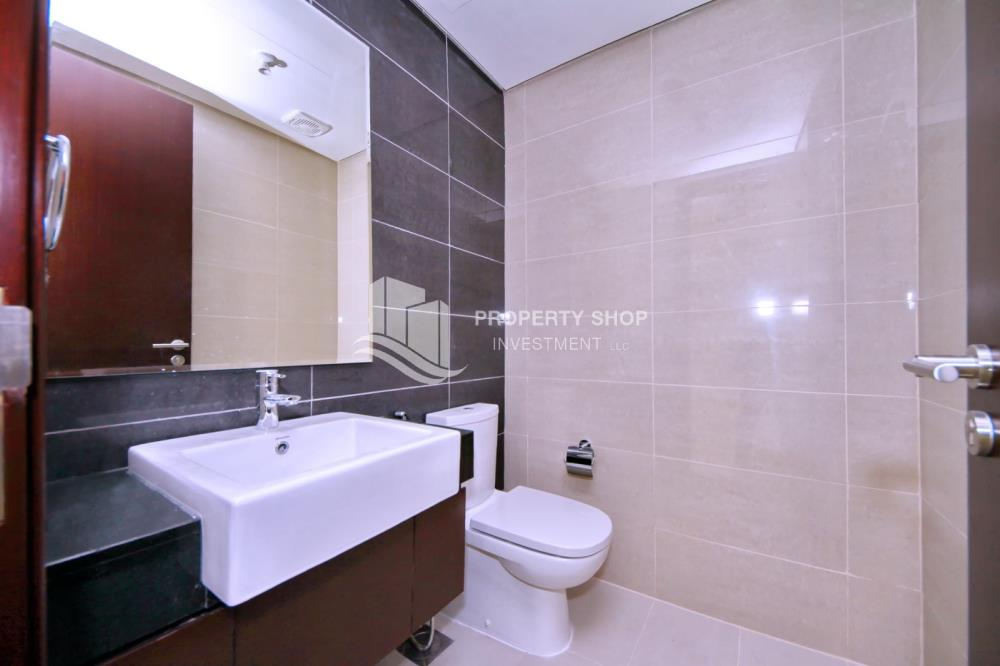 Bathroom-Own a 1BR apartment in Marina Blue   Great Investment
