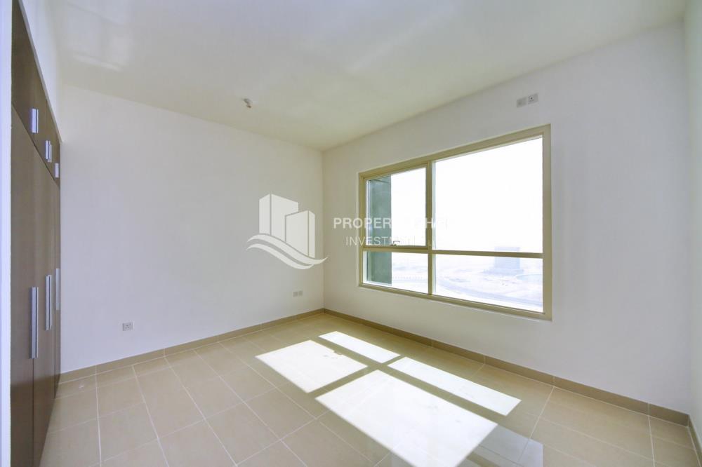 Bedroom-1BR Apt for Sale in Marina Blue, Al Reem Island.