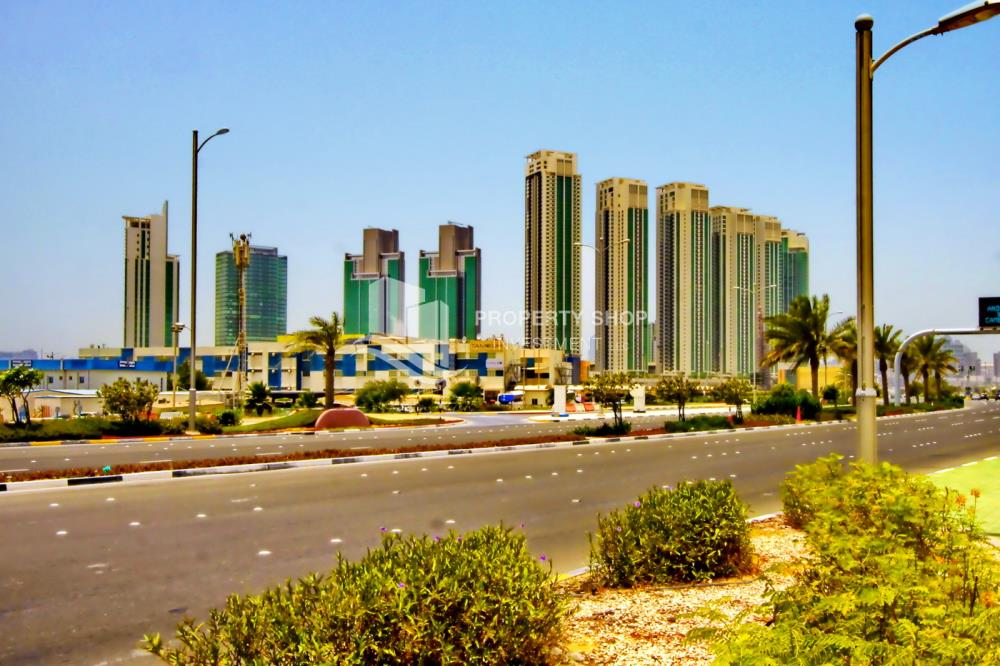 Community-1BR Apt for Sale in Marina Blue, Al Reem Island.