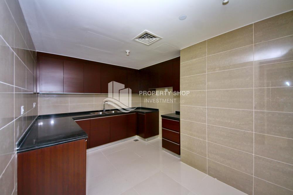 Kitchen-1 bedroom apartment, for sale in Marina Blue, Al Reem Island.