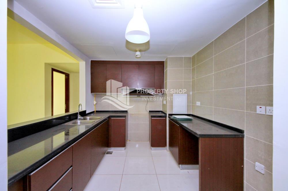 Kitchen-2BR Apt for Sale in Matina Blue