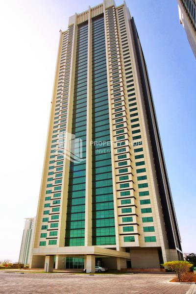 HOT DEAL! A Spacious 2br apartment in a high floor + rent refund, Marina Blue