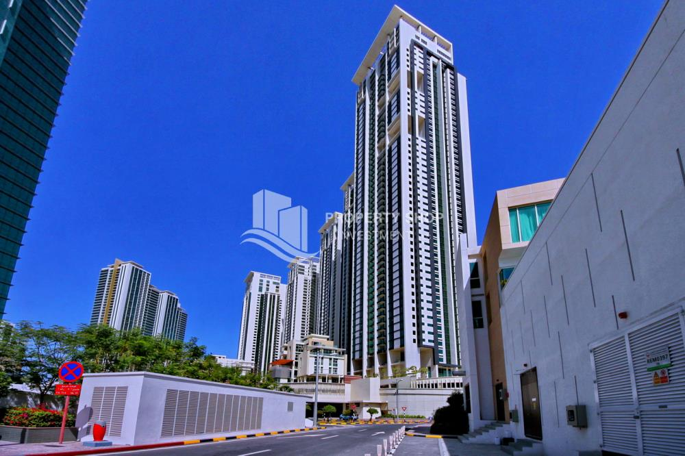 Community-1 bed apartment for sale in Marina Blue !!!