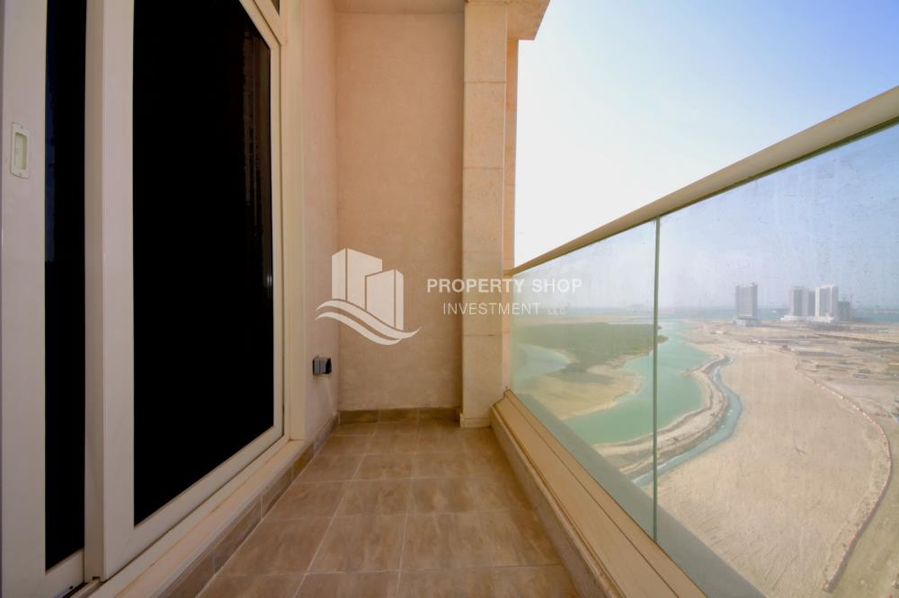Balcony-Stunning Apartment in Mangrove Place, Al Reem Island offered at LOW price!