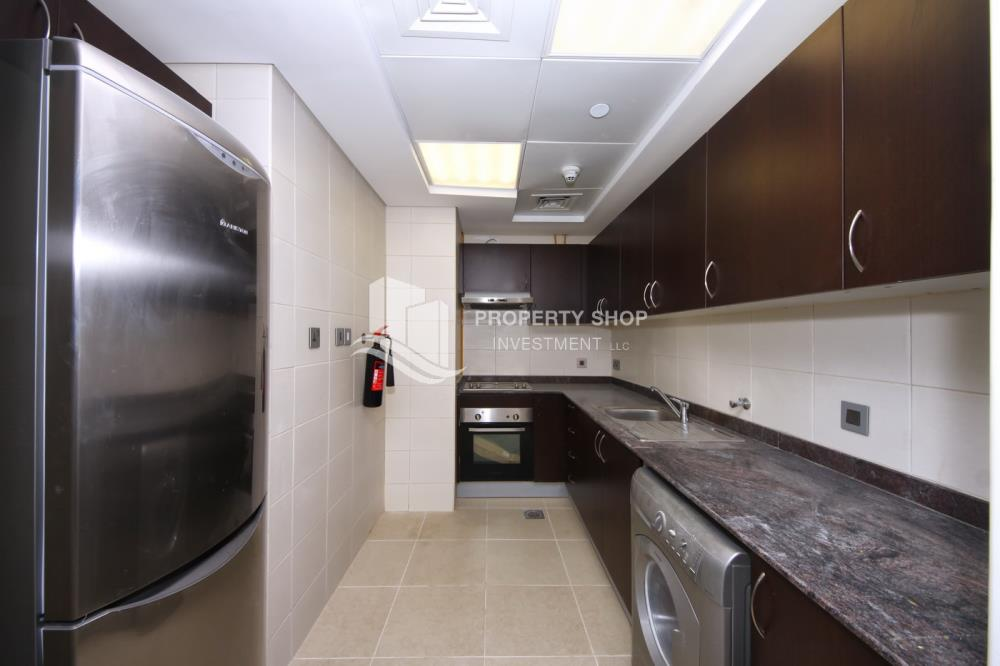 Kitchen-Stunning Apartment in Mangrove Place, Al Reem Island offered at LOW price!