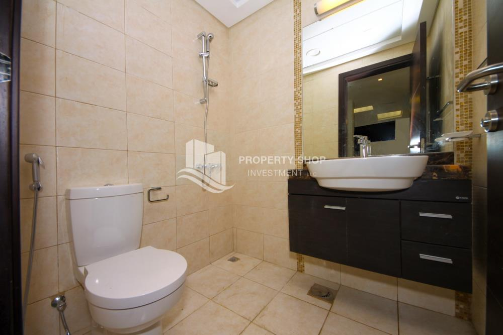 Powder-Stunning Apartment in Mangrove Place, Al Reem Island offered at LOW price!