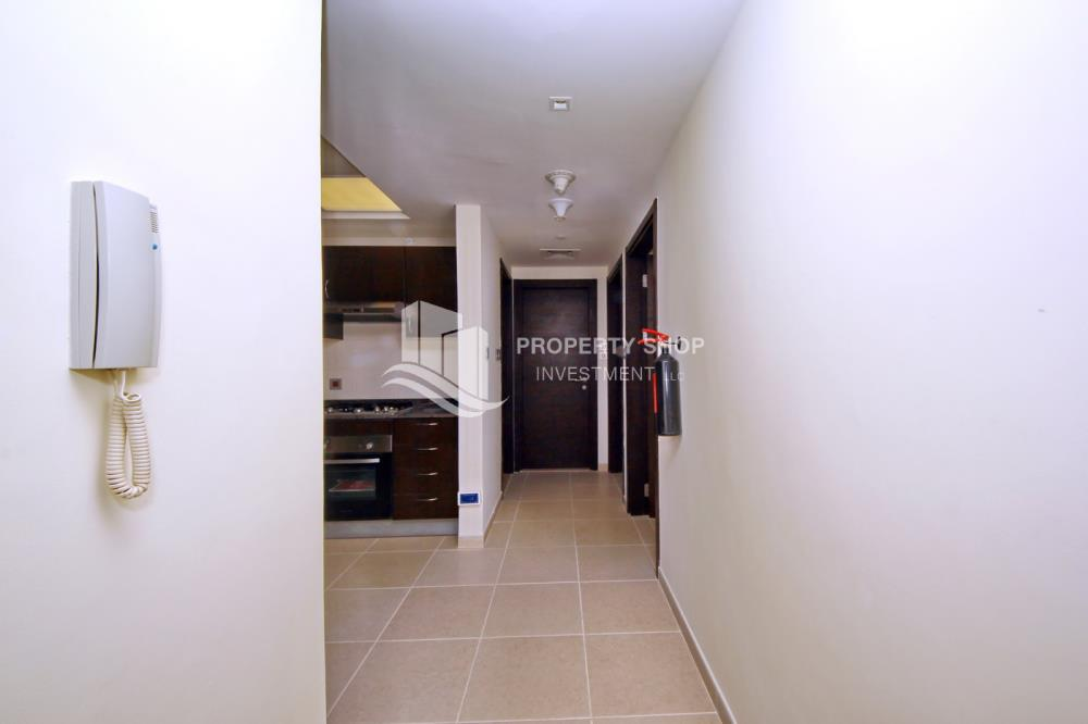 Corridor-2BR on High Floor with modern facilities- Modified Unit