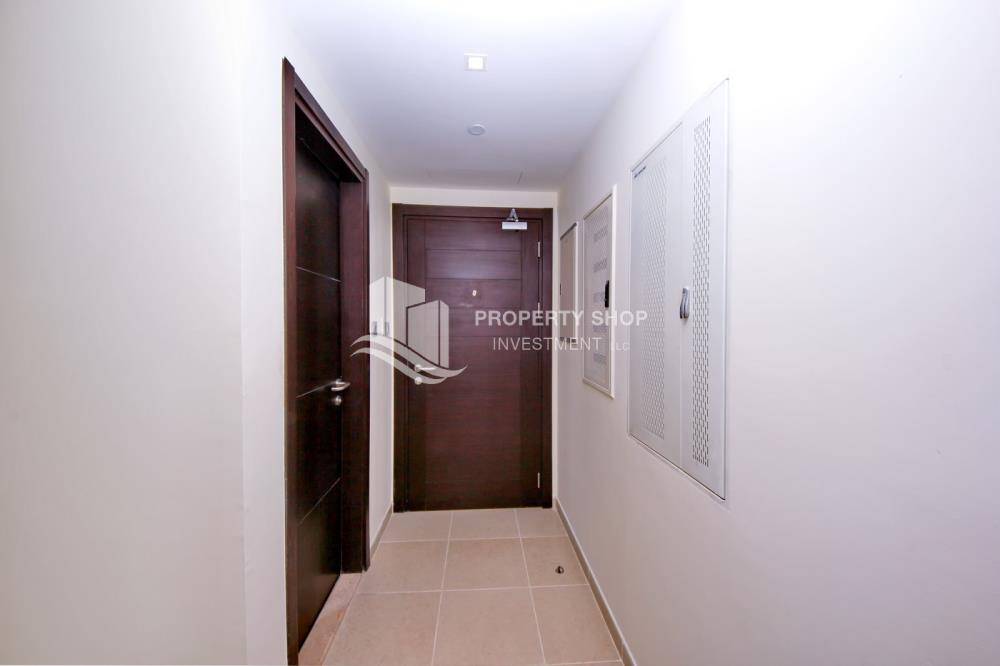 Foyer-2BR on High Floor with modern facilities- Modified Unit