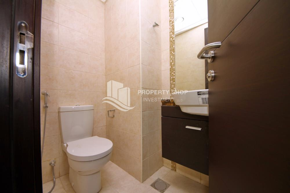 Powder-3BR Townhouse with large terrace plus maid's room available for rent immediately!