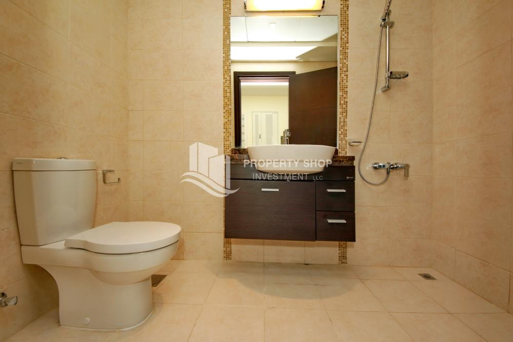 Powder-Great Deal for Spacious 1 BR in Mangrove Place Al Reem