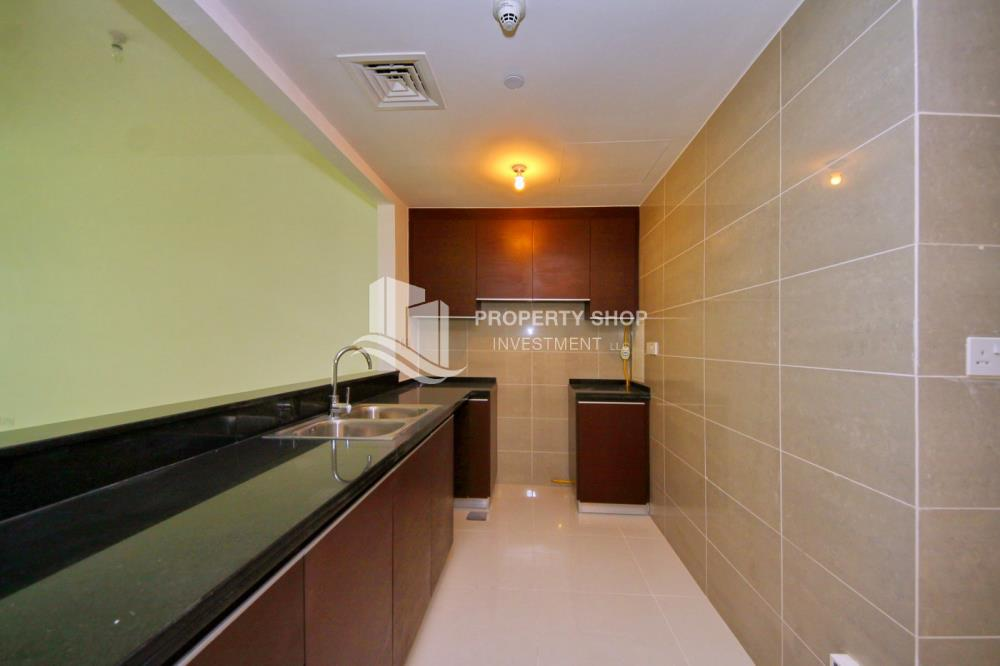 Kitchen-Low floor 1BR unit with sea view.