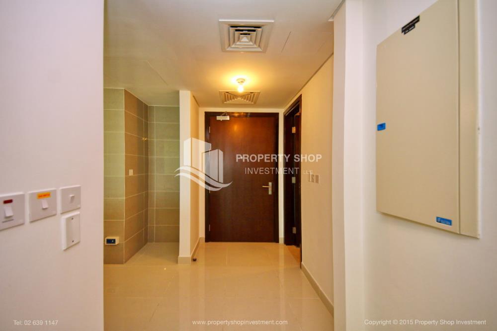 Foyer-1br, Al Maha Tower, Marina Square FOR RENT!