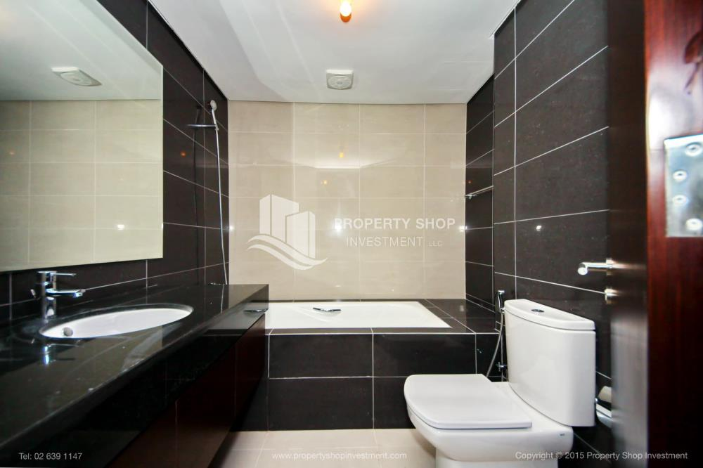 Bathroom-1br, Al Maha Tower, Marina Square FOR RENT!