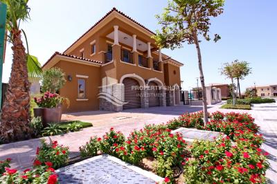 Standard Mediterranean 5BR villa with Maid's and Driver's room.