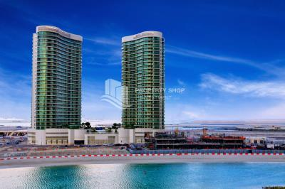 Enjoy a luxurious 3BR apartment in Beach Towers with dazzling views of Al Reem Island!