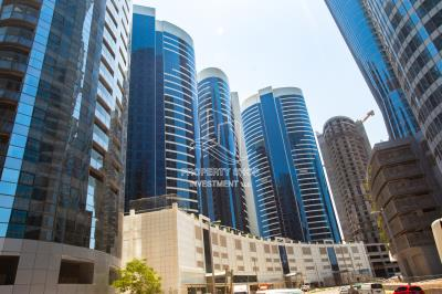 2br in hydra avenue, mid floor available fo sale!