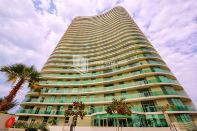 Beautiful and Unique 2 bed Apartment in Beach Tower, Al Reem Island for SALE