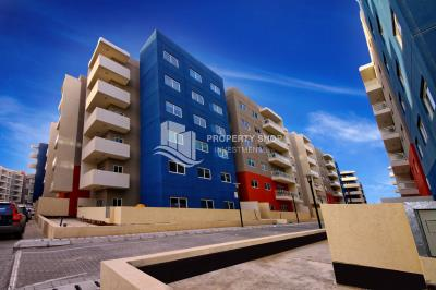 Spacious high-floor 2BHK with a store room available for rent in Al Reef