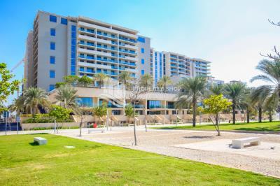 Amazing Deal! Sea view 1 BR Apt in Al Zeina for RENT