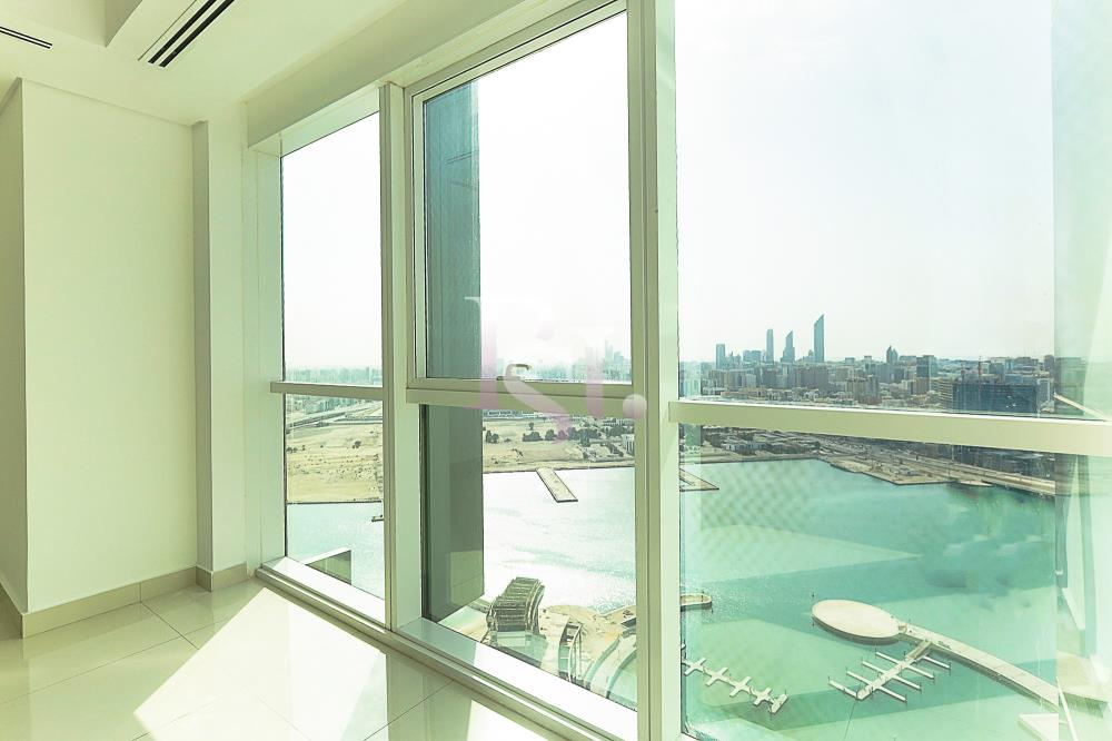 Bedroom-Spacious and luxurious high-floor 4BHK + M with a marina view available for rent in MAG 5!