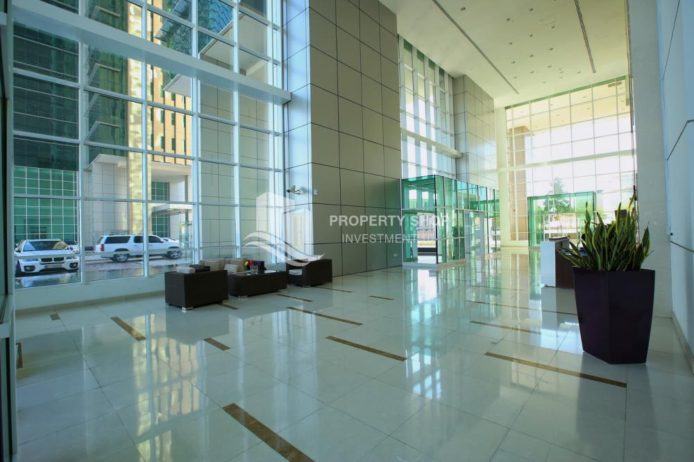 Lobby-Hot Deal! Move In Impressive Huge Living Space w/ Iconic View