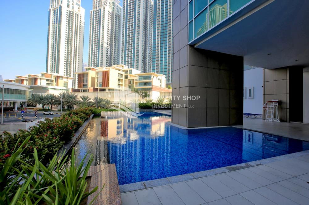 Facilities-Hot Deal! Move In Impressive Huge Living Space w/ Iconic View