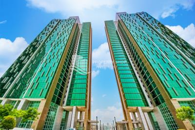 2BR apartment in MAG 5 Tower for sale!
