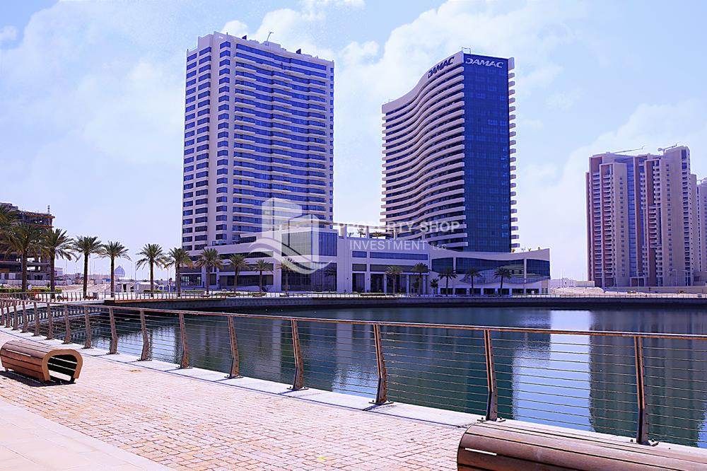 Property-Excellent Spacious Apt with Sea View