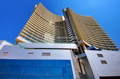 Vacant Stunning apt with huge balcony