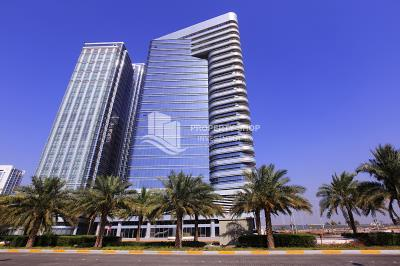 Large office space in brand new tower for rent