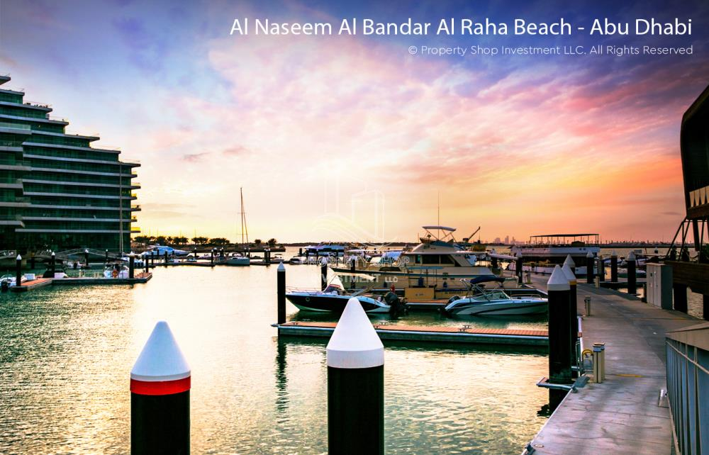 Community-Amazing 3 bedrooms front with sea view in Al Hadeel for sale!