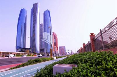 Stunning Apt 3BR with Emirates Palace view.