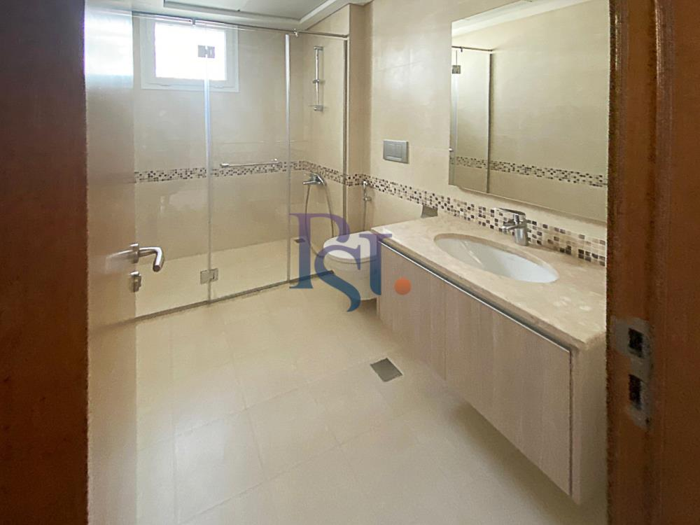 Bathroom-Biggest Studio in Ansam with Golf Course View