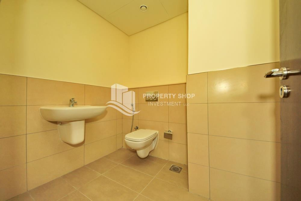 Bathroom-Pay in 2 cheques! 1BR for rent in prime location.