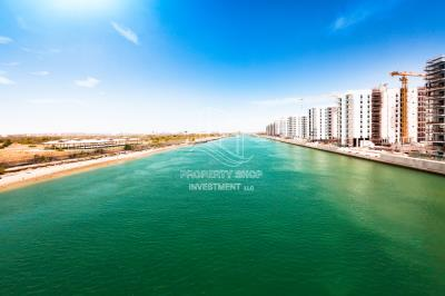 Own a luxurious apartment with stunning sea view.